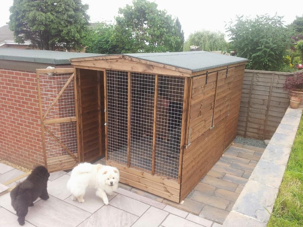 Outdoor kennel