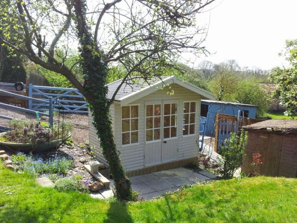 apex roof summerhouse