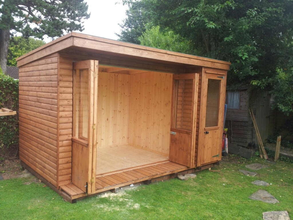 summerhouse bi-fold doors